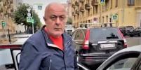 Ударивший пассажирку-инвалида таксист стал фигурантом еще одного дела