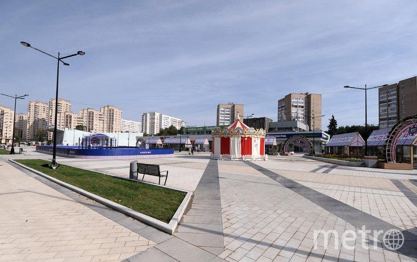 """Одна из площадей в Зеленограде после завершения работ по благоустройству. Фото АГН """"Москва""""/Александр Авилов"""