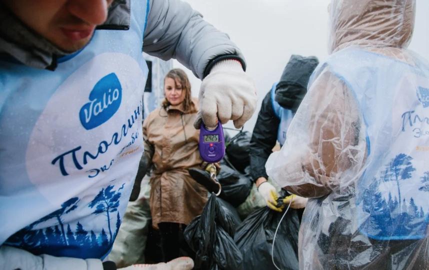В Петербурге прошел масштабный плоггинг-забег. Фото Предоставлено организаторами