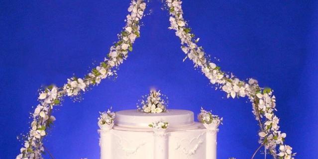 Этот торт Майкл Льюис Андерсон создал на 21-ю годовщину свадьбы короля Бельгии.