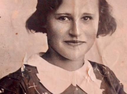 53 года Надежда Васильевна Строгонова работала учителем младших классов.