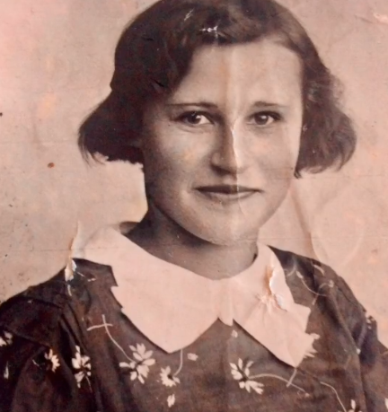 53 года Надежда Васильевна Строгонова работала учителем младших классов. Фото Скриншот TikTok..