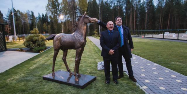 Александр Чернощеков сделал скульптуру для князя Георгия Романова.
