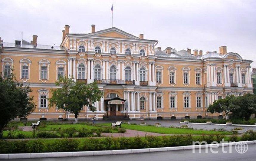 В здании после ремонта разместится Третий кассационный суд общей юрисдикции. Фото citywalls.ru.