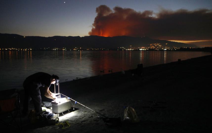 Жители больших городов могут не замечать загрязнения дымом от пожаров. Фото Getty