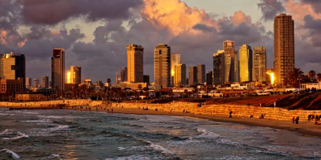 В Тель-Авиве очень много возможностей для начинающих бизнесменов и хороших специалистов.