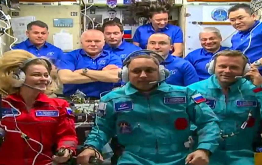 Новый экипаж на совместной фотографии на МКС. Фото AFP