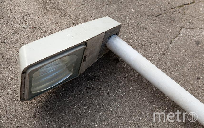 Заграничный фонарь уже освещает социальную площадь Кировского завода. Фото Предоставлено организаторами