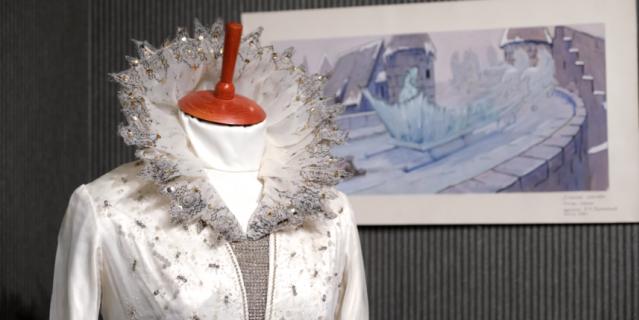 Платье Снежной королевы прожило долгую, счастливую жизнь.