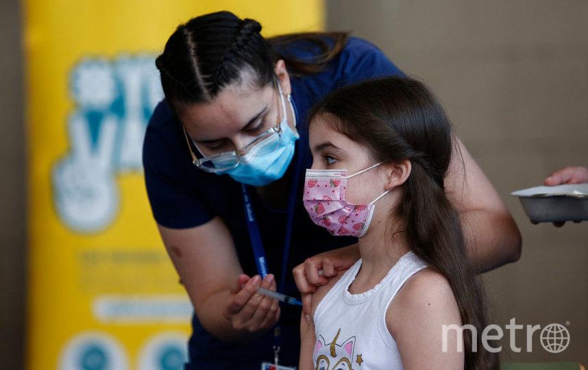 В некоторых странах вакцинация подростков от коронавирусной инфекции началась еще весной 2021 года. Фото Getty