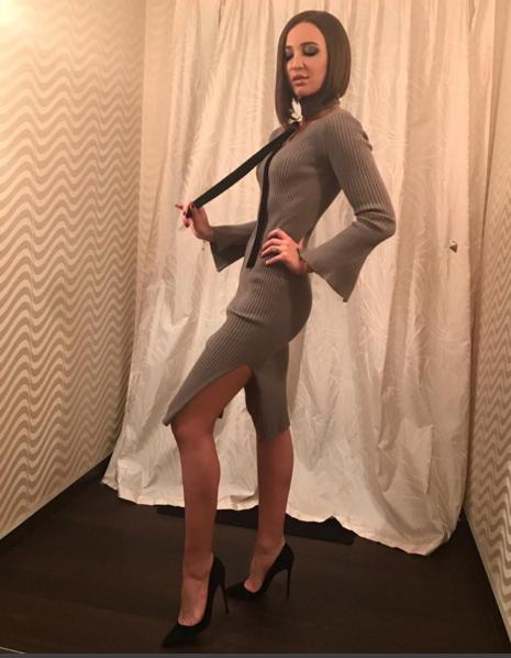 Глюк'oZa в платье Ulyana Sergeenko на открытии фестиваля «Кинотавр-2017» в Сочи