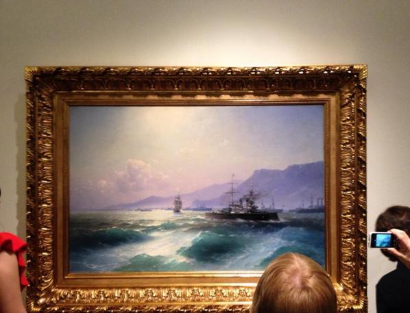 фото из соцсетей с выставки Ивана Айвазовского.