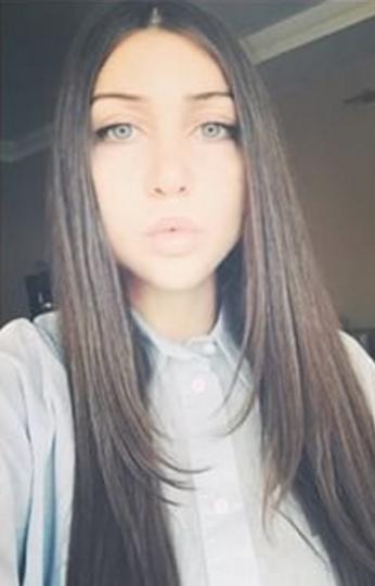 Instagram: @maraa049.