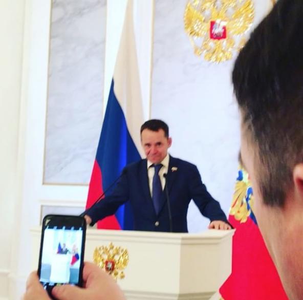 Instagram/abeliakov.