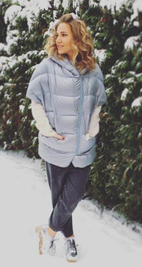 Instagram: @juliakovalchuk.