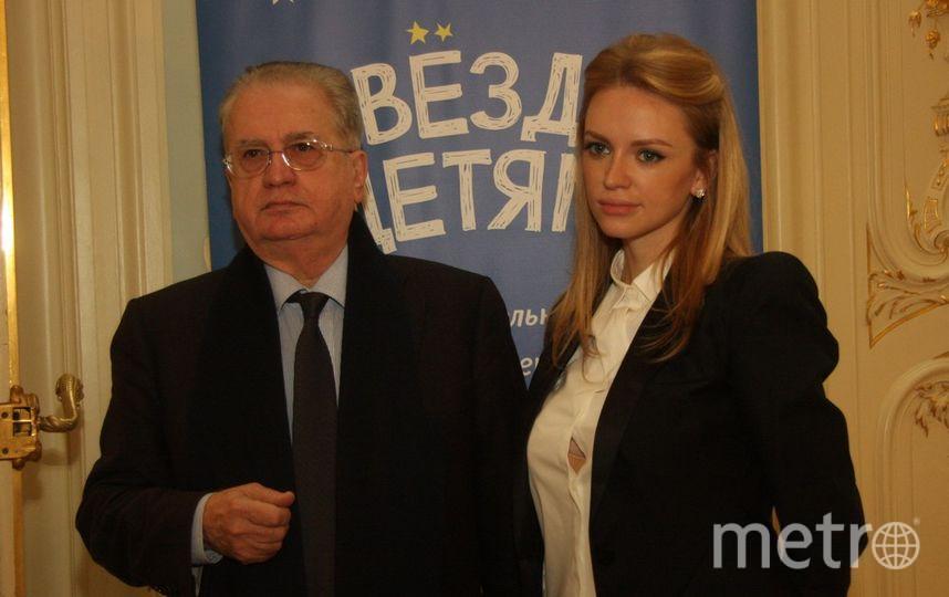все -МихаилаСадчикова-младшего.