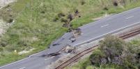 После разрушительного землетрясения на Новую Зеландию обрушилось цунами