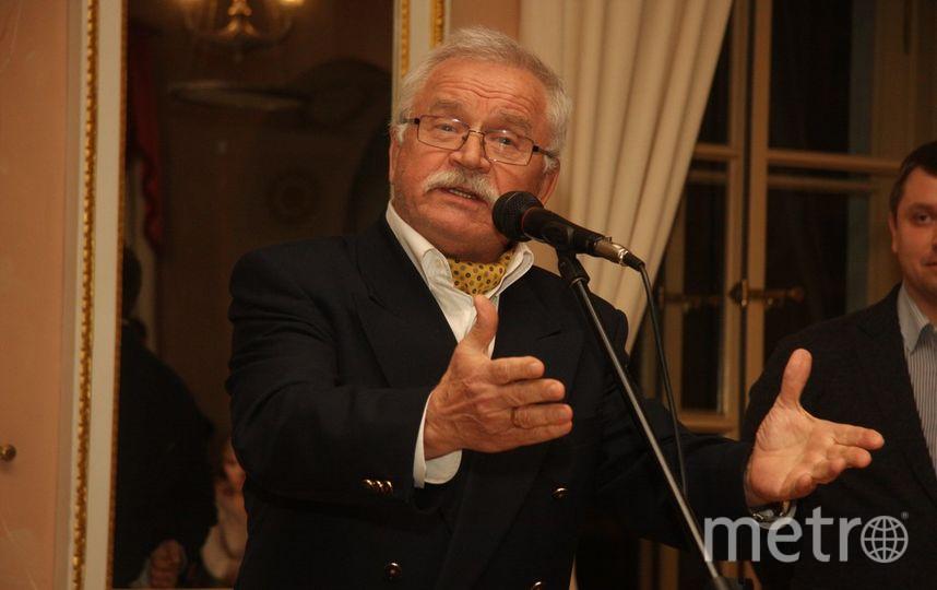 все - Михаил Садчиков-младший.