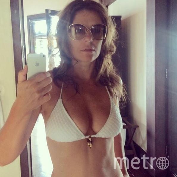 instagram.com/elizabethhurley.