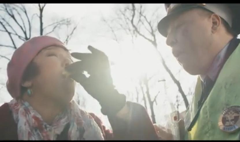 """Скриншот видеоклипа """"В Питере – пить""""."""