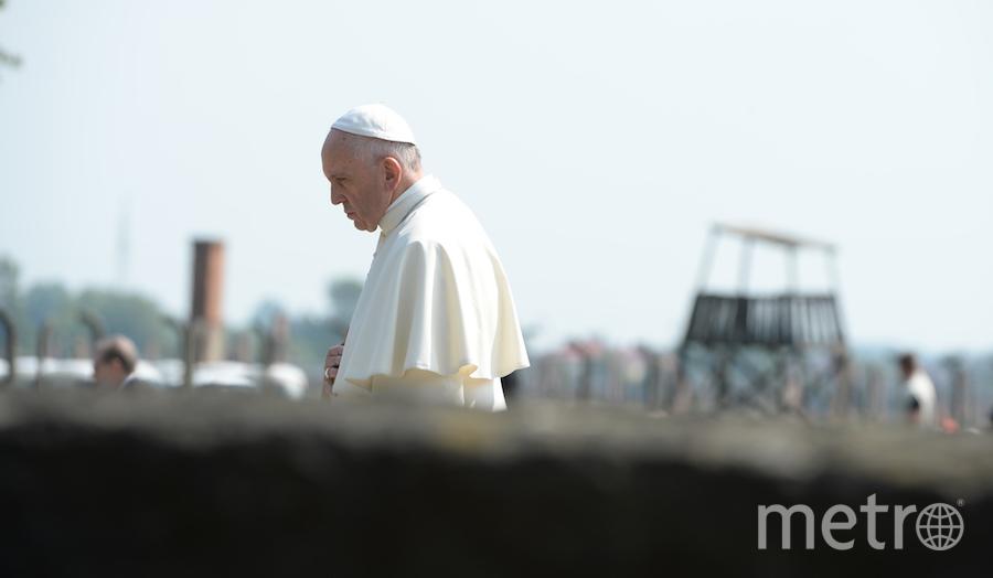 все фото - AFP/ OSSERVATORE ROMANO / HANDOUT.