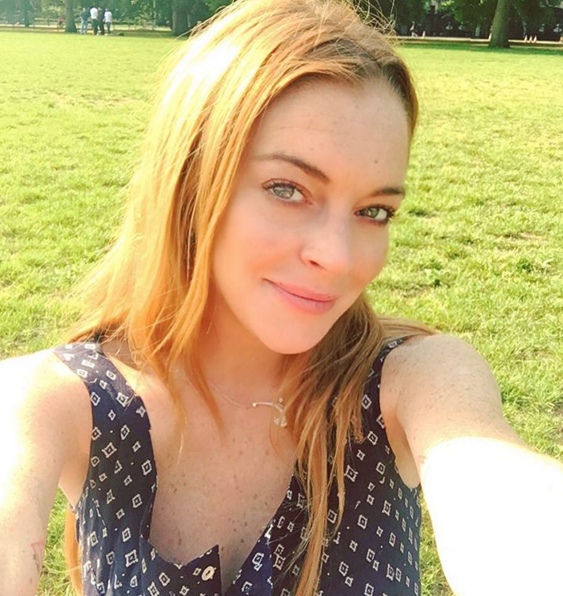 https://www.instagram.com/lindsaylohan/.