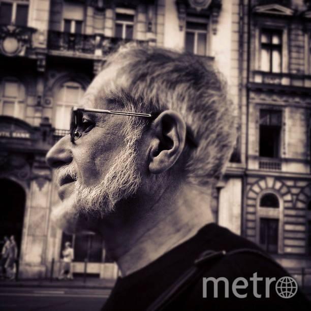 страница Дениса Драгунского в Facebook.