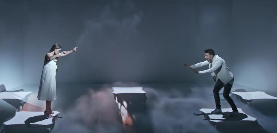 Скриншот с Youtube (клип на песню).