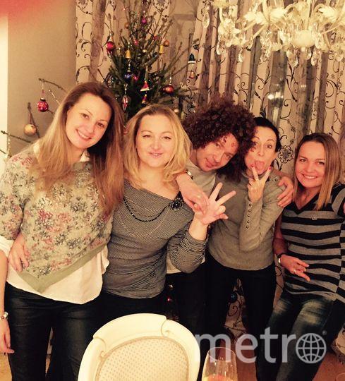 Екатерина и её друзья Катя, Кристина, Наташа и Серёжа.