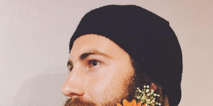 https://www.instagram.com/explore/tags/flowerbeard/.