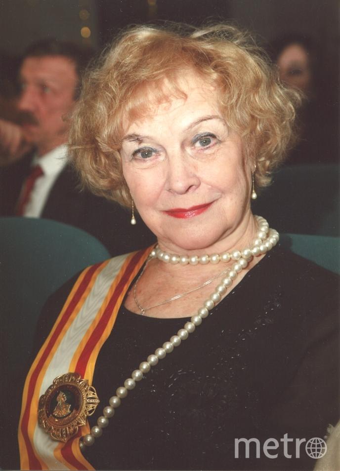 Алена Бобрович .