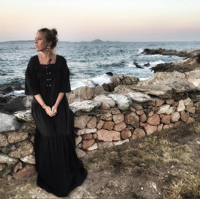 https://www.instagram.com/xenia_sobchak/.