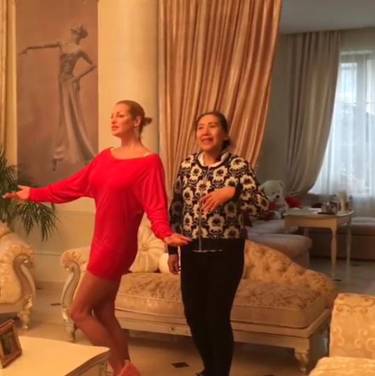 Скриншот с видео в Instagram Анастасии Волочковой.