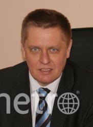 http://gov.spb.ru/gov/terr/krasnogvard/svedenija-o-rukovoditeljah/gusev-mihail-leonidovich/.