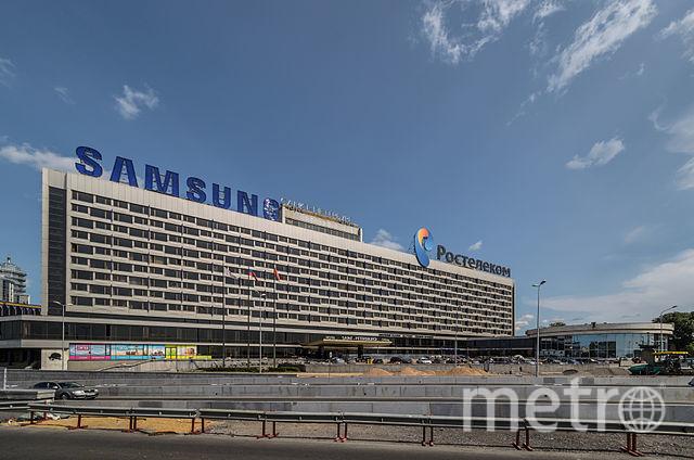 «Hotel Saint Petersburg» участника Alex Florstein. Под лицензией CC BY-SA 3.0 с сайта Викисклада.