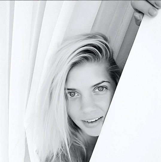 https://instagram.com/stasya_ru/.
