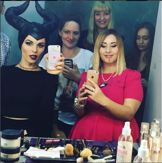 https://instagram.com/p/5hwSHglx5G/?taken-by=satikazanova.