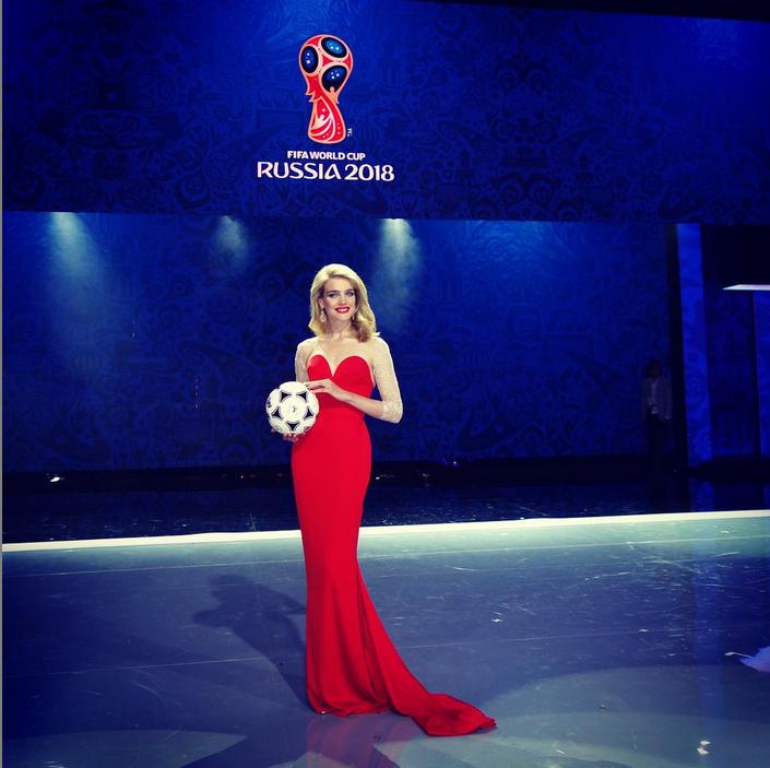 https://instagram.com/natasupernova/.