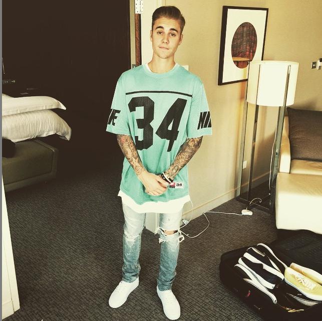 https://instagram.com/justinbieber/.