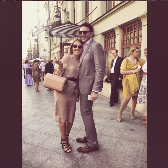 https://instagram.com/xenia_sobchak.