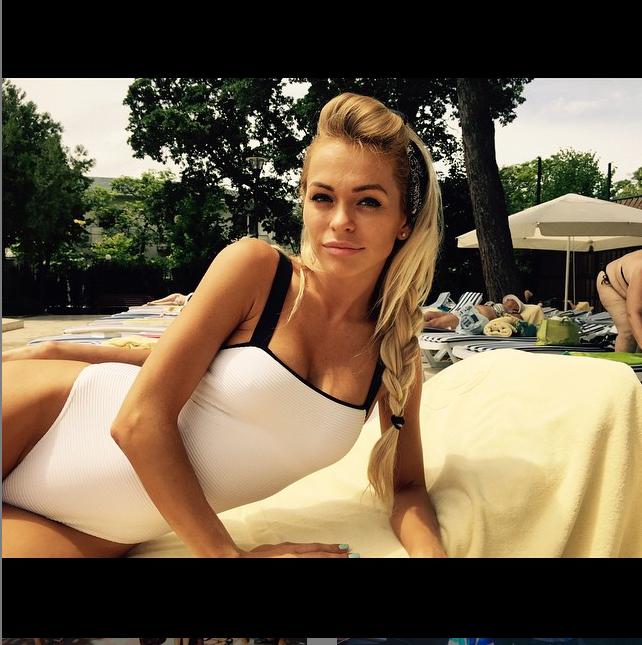 https://instagram.com/annakhilkevich/.
