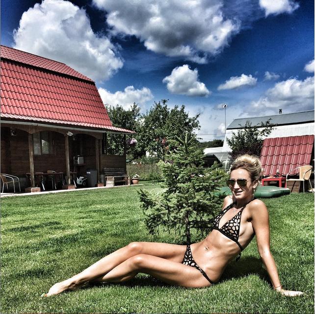 https://instagram.com/buzova86/.