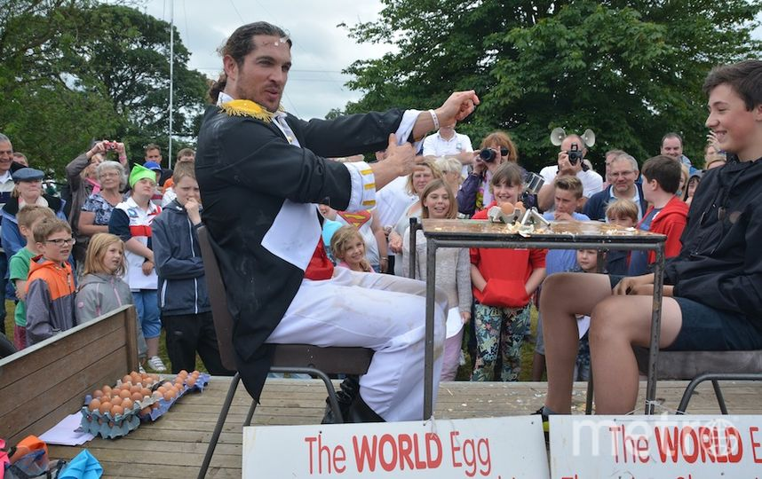 World Egg-Throwing Championships 2015.