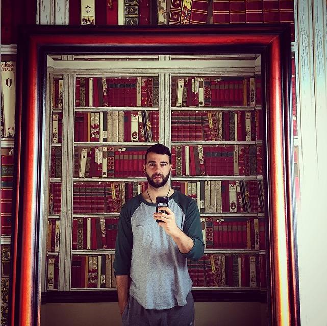 https://instagram.com/p/dGslczgWR2/?taken-by=urgantcom.