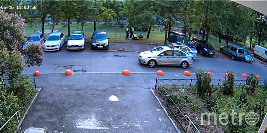 скриншот видео с камеры наблюдения.