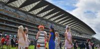 Англичанки превратили Королевские скачки в показ экстравагантных шляпок