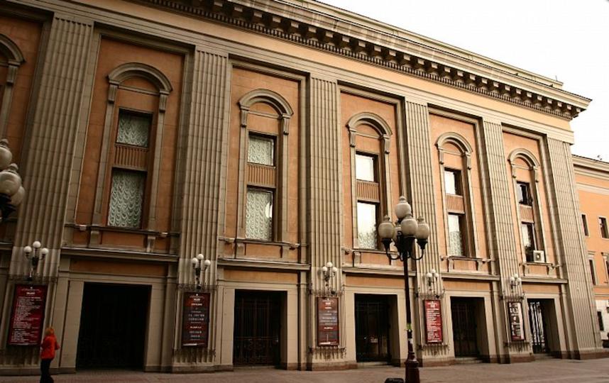 официальный сайт театра имени Вахтангова.