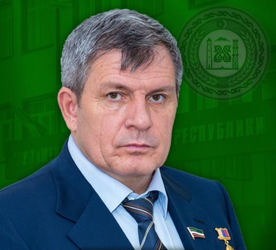 parlamentchr.ru.