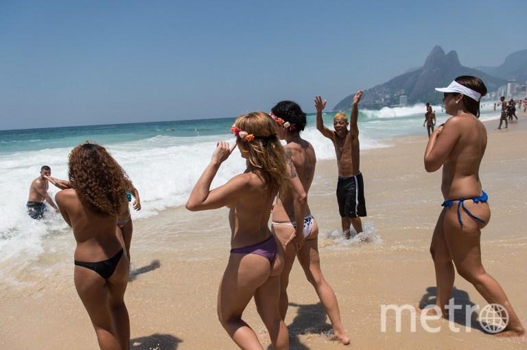 Нудистский пляж голые video вас