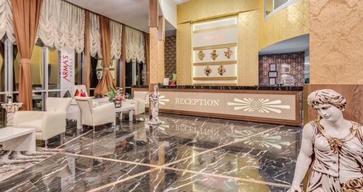 http://www.tophotels.ru.